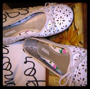 Bongo white lace cut ballerina Flats